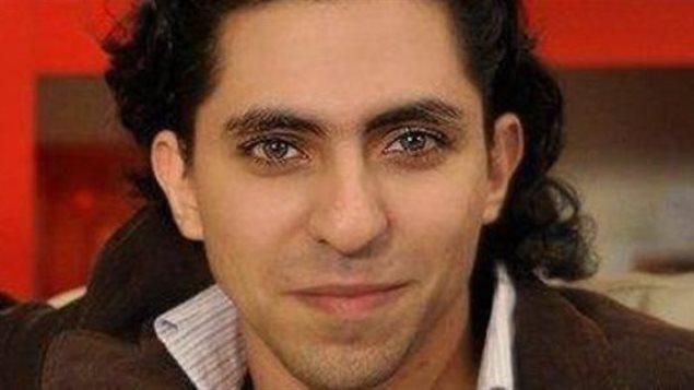 Raef Badawi a reçu ce matin, 10 janvier 2015, ses cinquante coups de fouet en Arabie Saoudite 150213_pt49o_pdmsi_raif_badawi_sn635