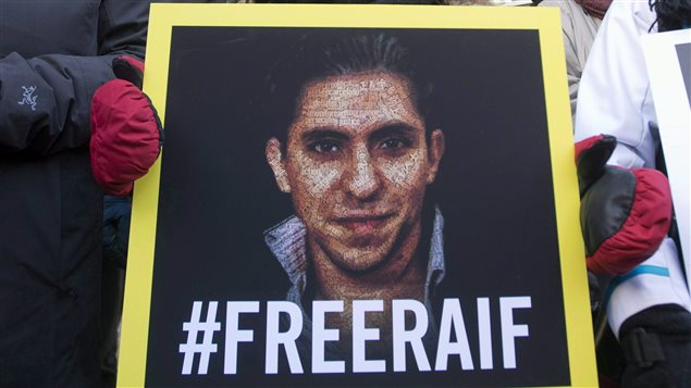 Raef Badawi a reçu ce matin, 10 janvier 2015, ses cinquante coups de fouet en Arabie Saoudite PC_150223_oq3dz_rci-badawi-better_sn635