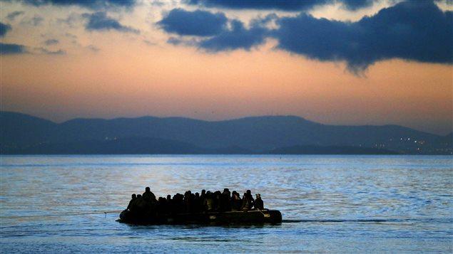 Migrants: Faire appel à l'émotionnel, est ce bien raisonnable? 150706_1y3df_bateau-migrants-illegaux_sn635