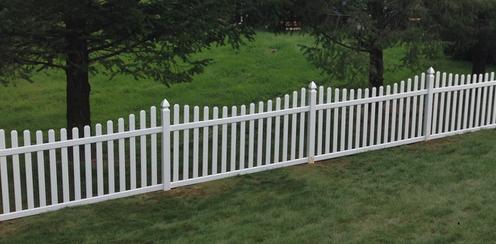 Náš-Môj dom a záhrada Maly-dreveny-plot-z-lati