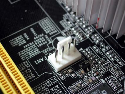 (Resolvido) Montar um pc-dúvidas 4pin_connector_001