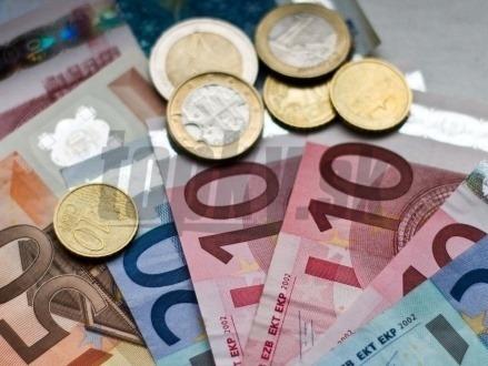Ekonomické zdravie Peniaze-euro-sita-eura