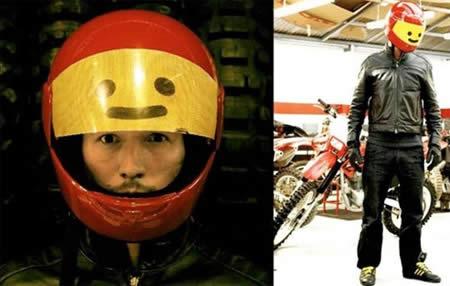 Imagens [Humor]  Capacetes super originais...  Uphaa_com_helmet%20(14)