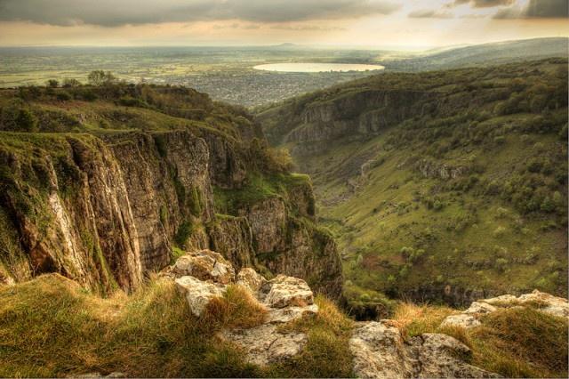 10 điểm đến bí ẩn nhất nước Anh Cheddargorgeengland640x426