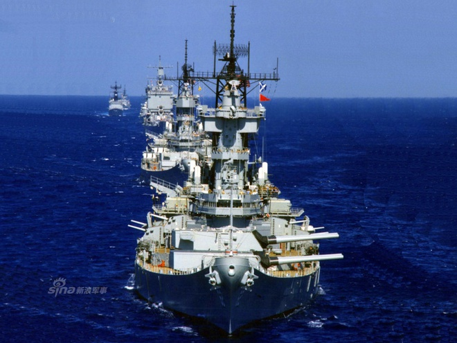 Ảnh đẹp : Chiếm hạm thiếp giáp mạnh nhất của hải quân Mỹ Zing_iowa_1