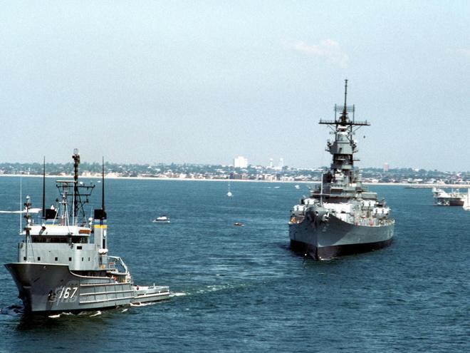 Ảnh đẹp : Chiếm hạm thiếp giáp mạnh nhất của hải quân Mỹ Zing_iowa_2