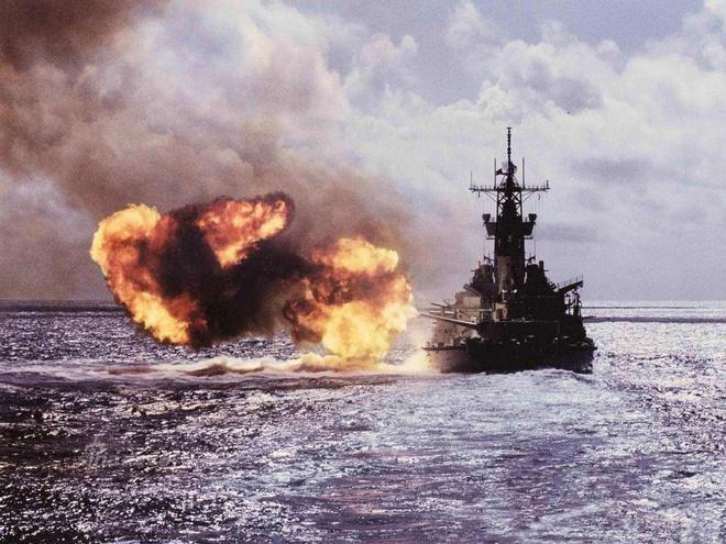 Ảnh đẹp : Chiếm hạm thiếp giáp mạnh nhất của hải quân Mỹ Zing_iowa_3