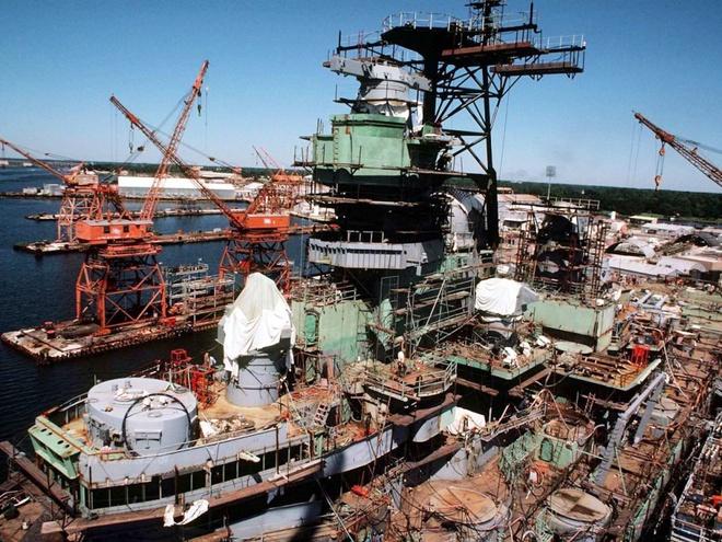 Iowa - Ảnh đẹp : Chiếm hạm thiếp giáp mạnh nhất của hải quân Mỹ Zing_iowa_4