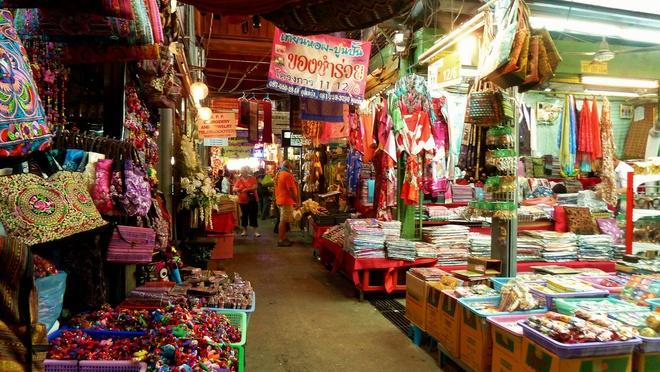 Những khu chợ giá rẻ đông khách nhất thế giới Chathailande214