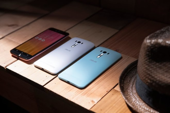"""camera - Điện thoại: Smartphone có camera trước """"cực khủng"""" của Asus chính thức lên kệ O1Q0356"""