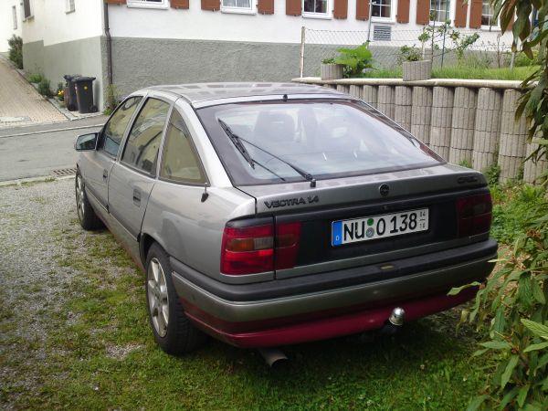 Flatis Wolf im Schafspelz Vectra A 03082011612