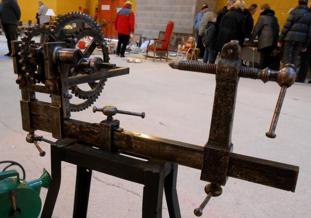 un outil  ancien et un métier - ajonc -28 janvier trouvé par Jovany 119-dscn2847-441f51f