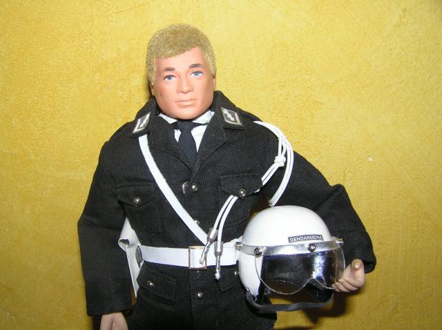 French Police ( Gendarmerie nationale) P1010040-49919de