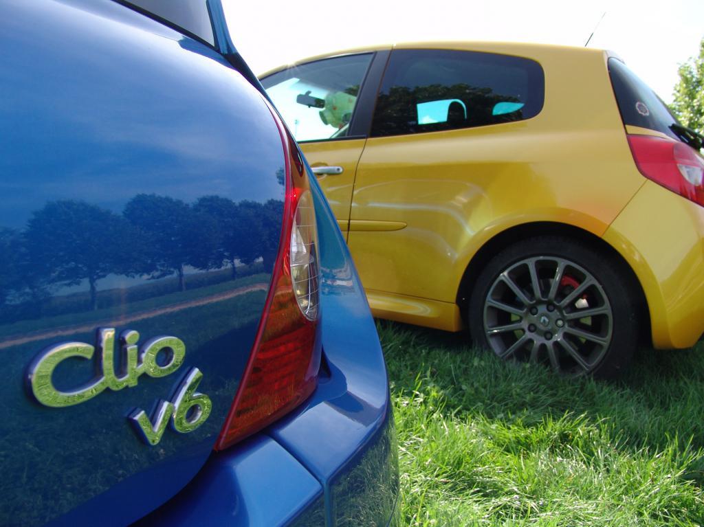 [tonlu]Clio 3 RS F1 team (R27) Dsc00168-472daa5