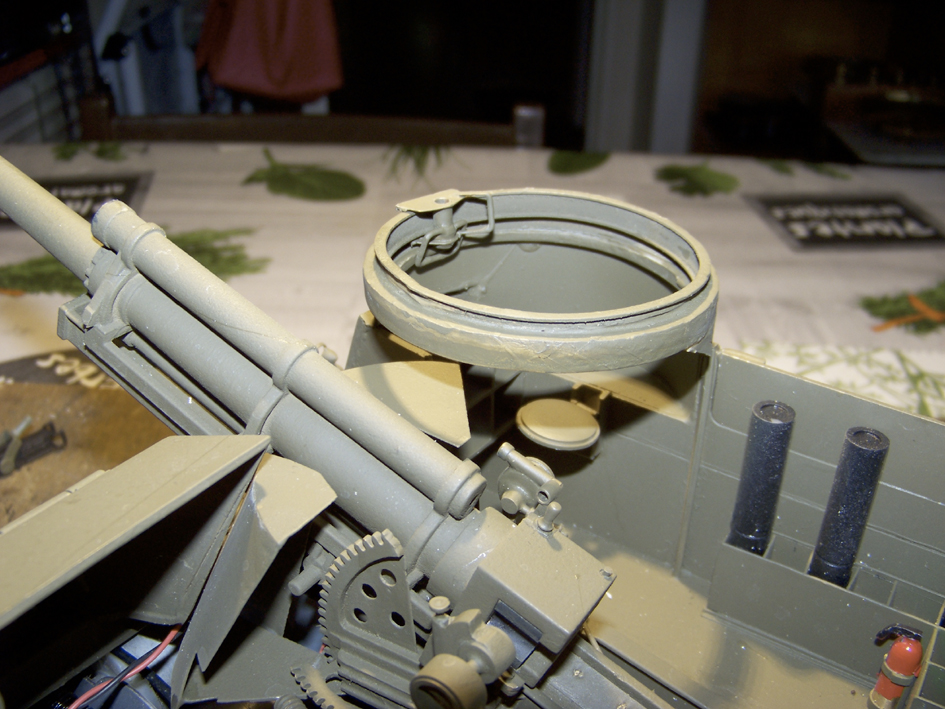 "M7 B1 105 Howitzer Gun Motor Carriage ""Priest"" - Heng Long - 1/16e - Page 3 103_4099-4ed1521"