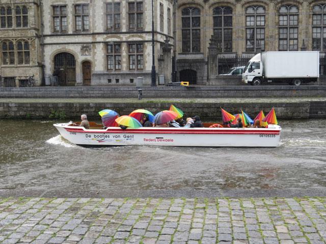 Petit tour au Benelux (3/3) 034-pluiebateaugand-4bc35d3