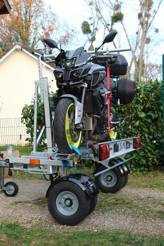 Une remorque moto sympa Remorque-cct44-260_01-537e290