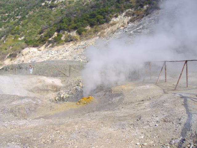 La Campanie ... en 2006 Solfatara-511be9e