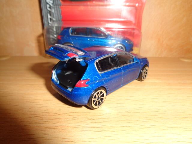 N°205J PEUGEOT 308 GT Dsc01141-4d18573
