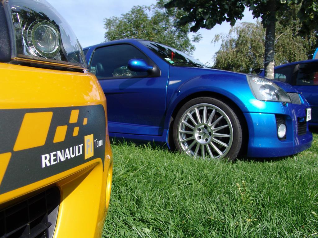 [tonlu]Clio 3 RS F1 team (R27) Dsc00170-472dab0