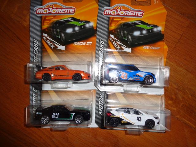 La collection de Mininches Dsc00042-4aa7b45