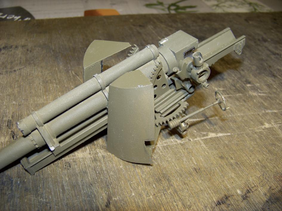 "M7 B1 105 Howitzer Gun Motor Carriage ""Priest"" - Heng Long - 1/16e - Page 2 103_3994-4ddb2e0"