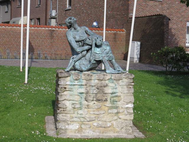 Petit tour au Benelux (3/3) 040-statue-4bc3626