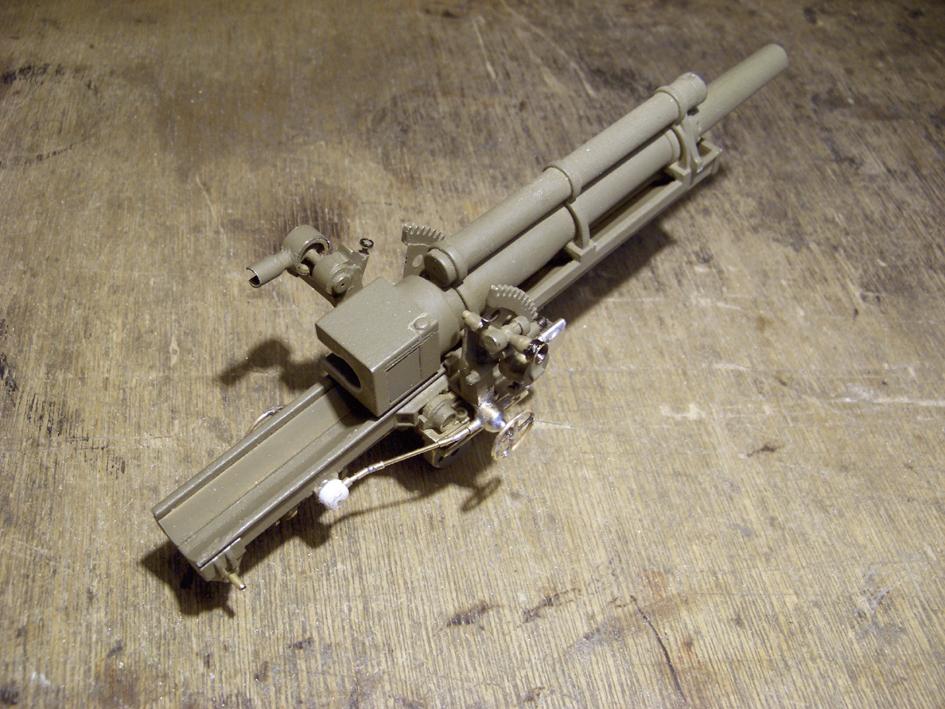 "M7 B1 105 Howitzer Gun Motor Carriage ""Priest"" - Heng Long - 1/16e - Page 2 Elevation-system-1-4e0da2a"