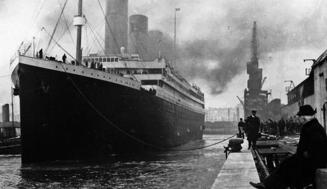 Une petite histoire par jour (La France Pittoresque) - Page 6 Titanic_maxi-544c14a