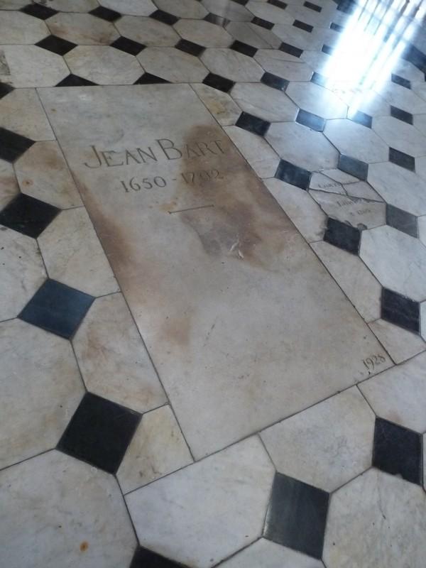 Les trésors du XVIIIeme siècle de l'église Saint Eloi de Dunkerque P1060588-56c2ea9