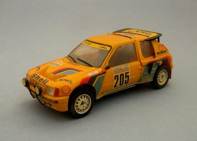 Peugeot 205 T16 205-30fbcba