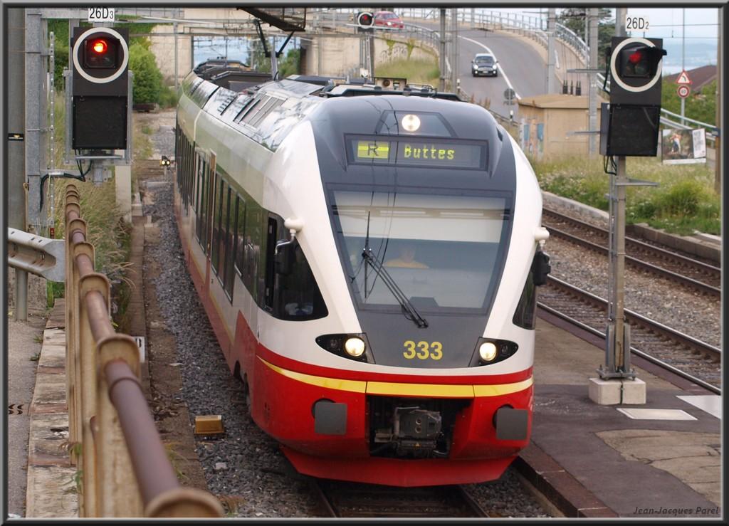 Spot du jour ferroviaire. Nouvelles photos postées le 28 Novembre 2016 Rabe-527-333-flirt-rvt-02-35aacbe