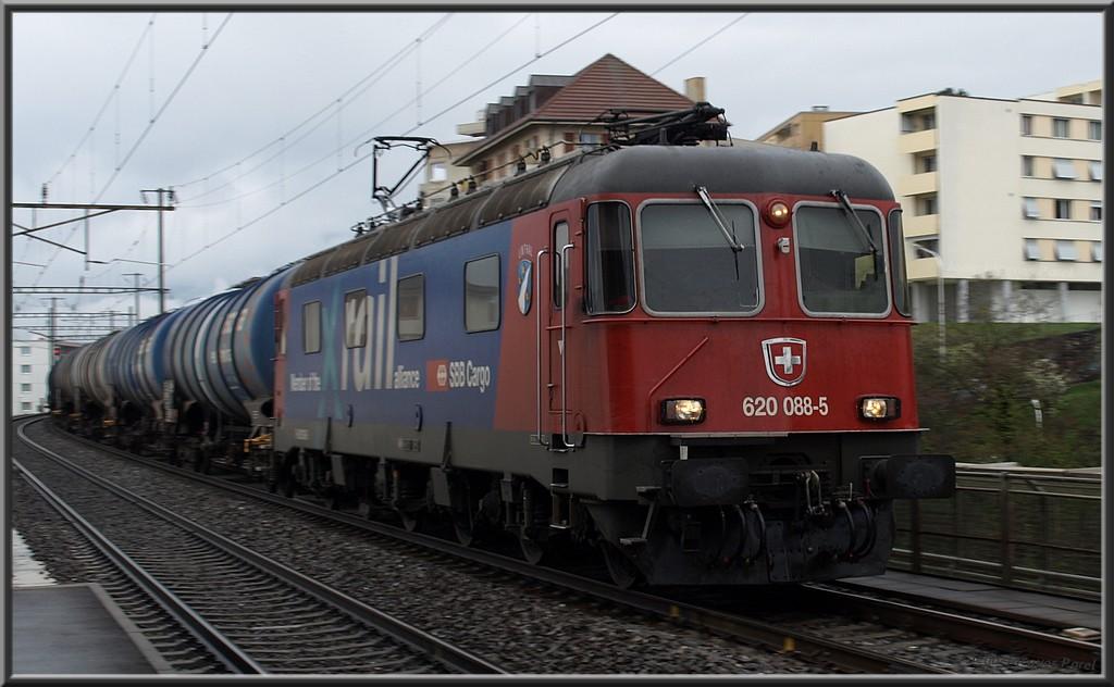 Spot du jour ferroviaire. Nouvelles photos postées le 28 Novembre 2016 Re620p_01-336be42