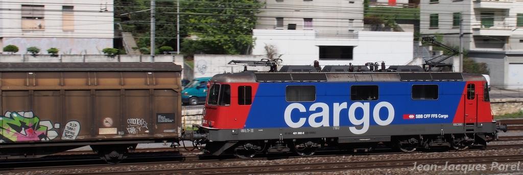 Spot du jour ferroviaire. Nouvelles photos postées le 28 Novembre 2016 Re-421-392-cff-cargo_04-388ea34