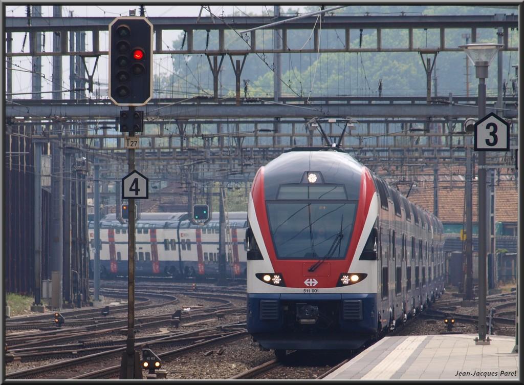 Spot du jour ferroviaire. Nouvelles photos postées le 28 Novembre 2016 Rabe-511-001-berlin-cff_02-38454e3