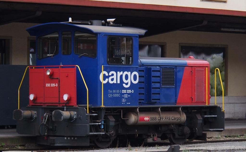Spot du jour ferroviaire. Nouvelles photos postées le 28 Novembre 2016 Tm-232-225-cff-cargo_01-38c6aae