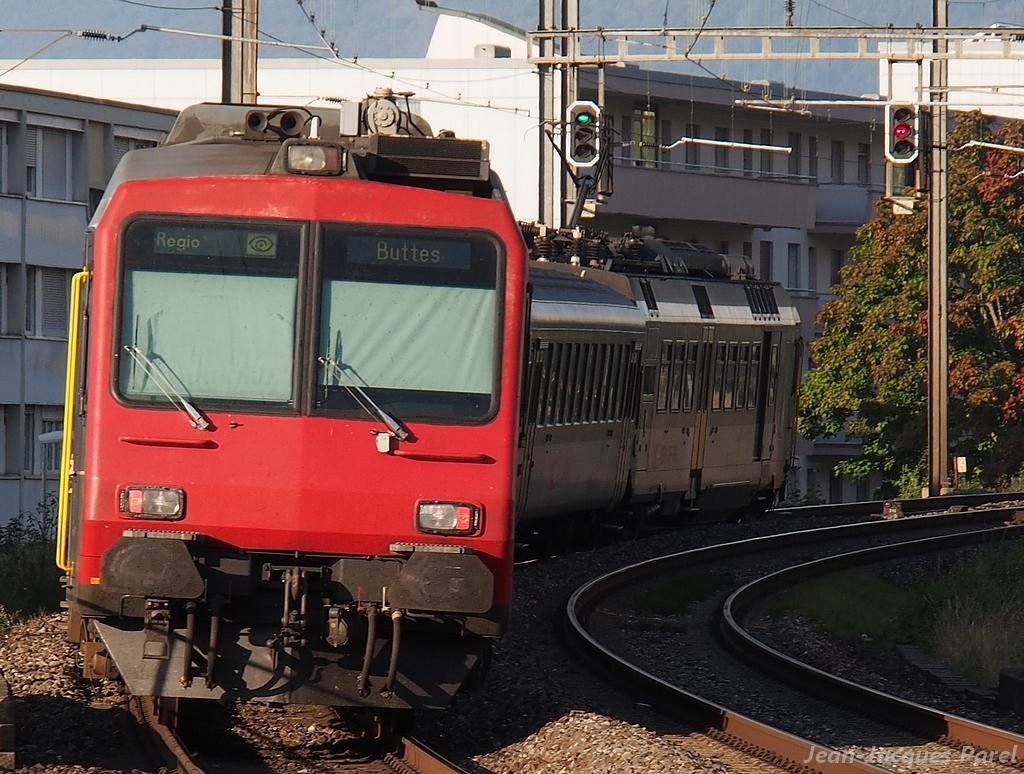 Spot du jour ferroviaire. Nouvelles photos postées le 28 Novembre 2016 Rbde-562-cff-388701e