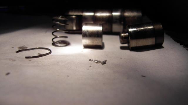 quel est le couple de serrage  des culbuteur sur un s3 2.5td? Rad0a705-3b027f2