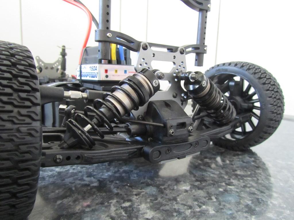 VENDU HOBBYTECH STR8 EP X2 RG Brushless Img_2906-1024x768--42fe914