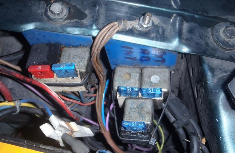 Intensité électrique phares Pb030004-41e6c1f