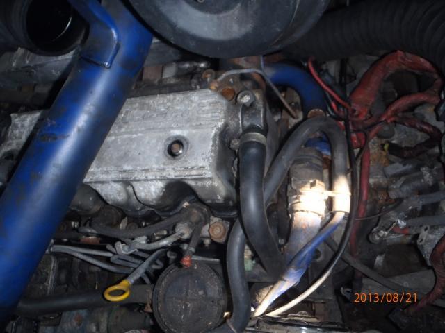 S2 2.5 TD La batterie ne charge plus, régulateur, alternateur, autre ? P8210006-405b81e