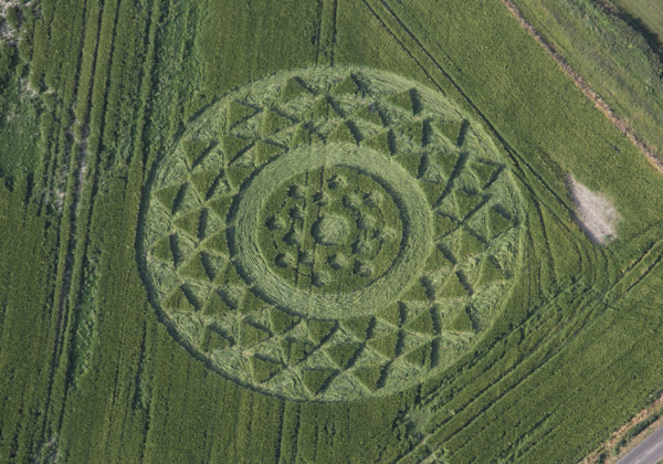 Crop Circles 2013. - Page 2 Gb1024a-3f7769c