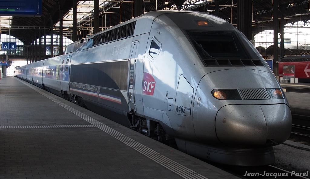 Spot du jour ferroviaire. Nouvelles photos postées le 28 Novembre 2016 Tgv-pos-4402-lyria_04-3dbb152