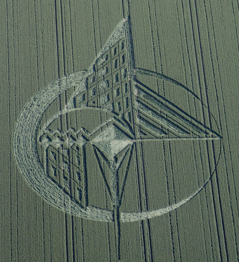 Crop Circles 2013. - Page 2 Gb1026a-3f776b5