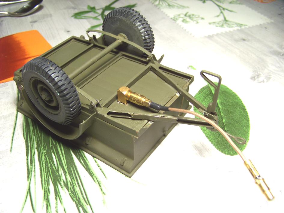 Jeep Danbury 1/16e, motorisée Sumo + remorque Bantam 1/4 t 100_2890-433d593