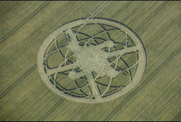Crop Circles 2013. - Page 2 Gb1027-3f776c0