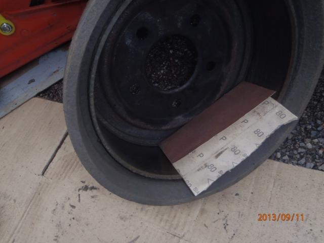 Des freins a tambours, c'est simple. P9110006-40d0a4f