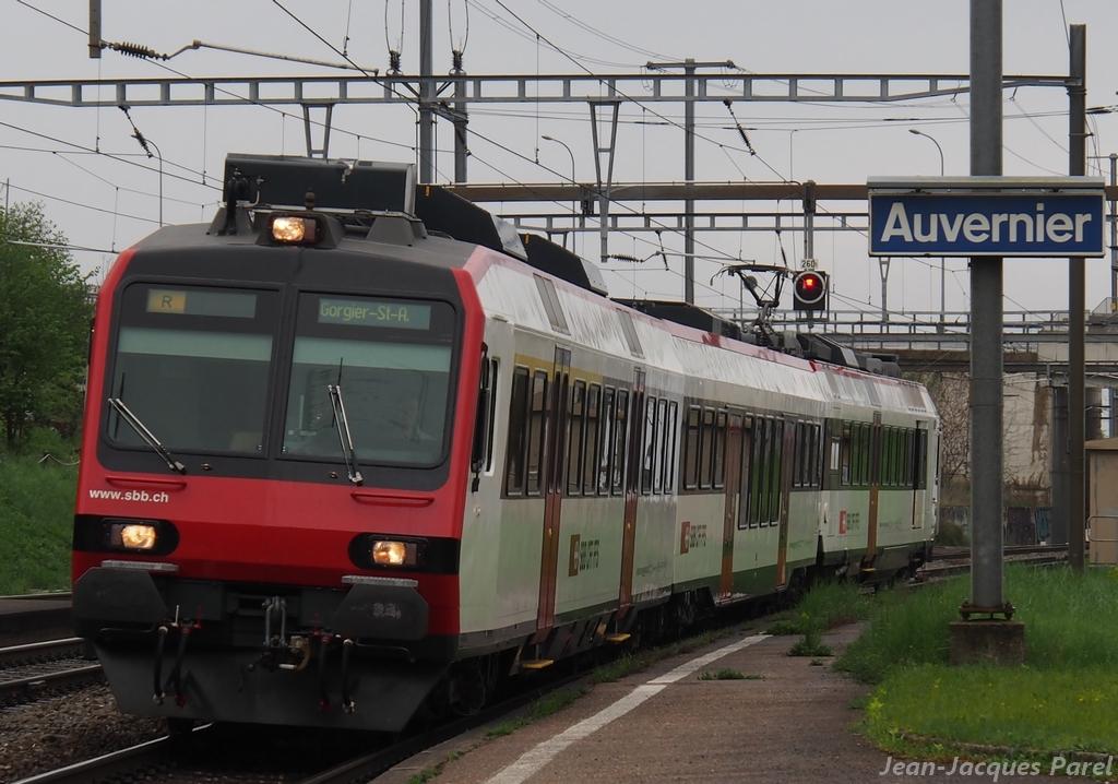 Spot du jour ferroviaire. Nouvelles photos postées le 28 Novembre 2016 Rbde-560-domino-cff_01-3dfc342