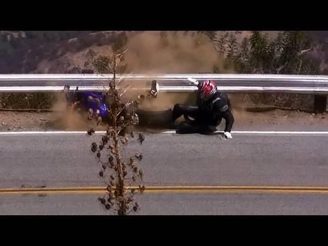 Cair de moto: highside e lowside 0