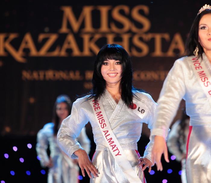 Symbat Madyarova (KAZAKHSTAN 2010) 49099344_IMG_7172